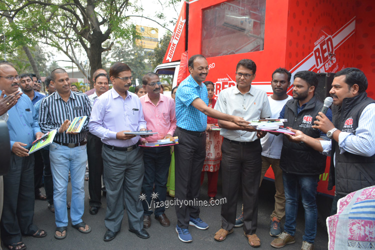Waltair Division share Social Responsibility with RED FM BOOK TRUCK