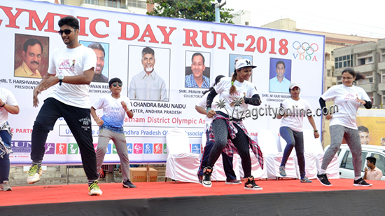 Olympic Day Run 2018 at RK Beach